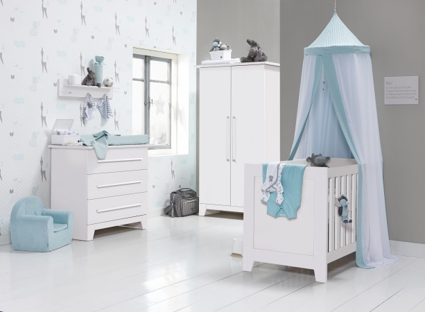 Ledikant 70 x 140 Incl. Juniorzijden - Commode Rio