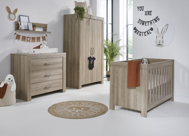 Ledikant 70 x 140 Incl. Juniorzijden - Commode - Hanglegkast Nashville