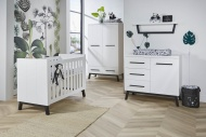 Ledikant 70 x 140 inclusief Juniorzijdes - Commode - Hanglegkast Star Too